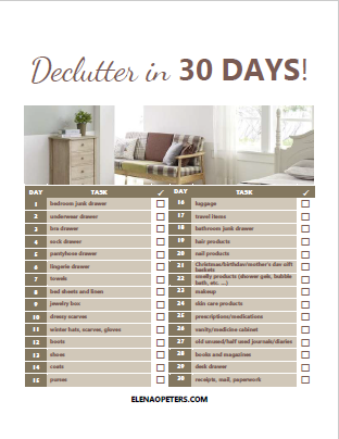 Get organized and declutter in just 30 days with this free printable checklist!