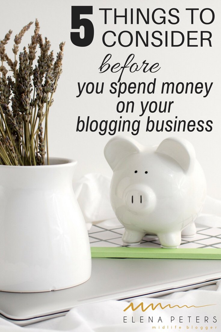 Nothing can turn you off of blogging and make you want to give up all together than getting ripped off. If you are going to spend money on your blogging business, make sure you are making a wise investment and consider all the above points BEFORE you open your wallet. #blogging