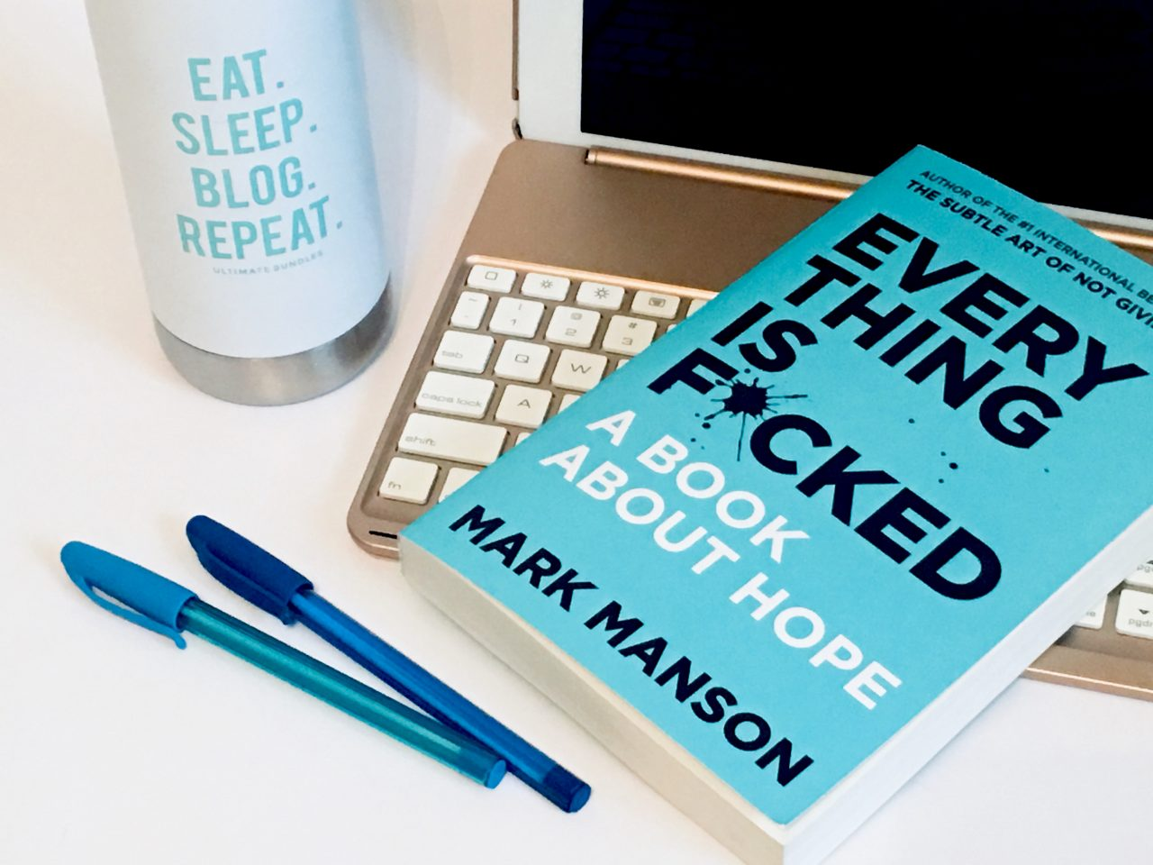 Super successful blogger and author offers advice to new bloggers. #blogging